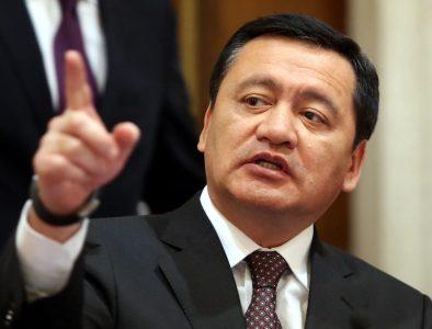 El gobierno no impondrá a alguien en la Fepade: Osorio Chong