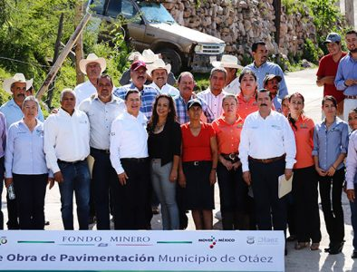 Entregan obras de alumbrado público y pavimentación en Otáez