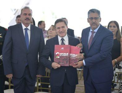 Entrega Alcalde de Santiago Papasquiaro su Segundo Informe de Gobierno