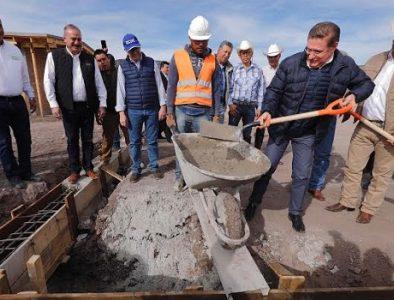 Entregan y supervisan obras de modernización en Coneto de Comonfort