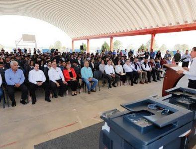 Durango tiene calidad educativa en sus municipios: Aispuro