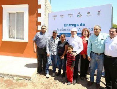 Entrega Gobierno del Estado 65 acciones de vivienda en Súchil
