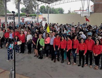 Muestra Consuelo Cardoza respaldo de habitantes de Súchil