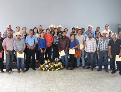 Entregan nombramiento a autoridades auxiliares e instalan Copladem en Canatlán