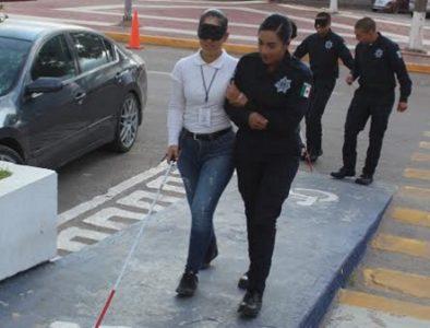 Policías Preventivos y de Vialidad se capacitan en trato a personas con discapacidad