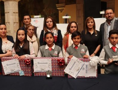 Felicita Orlando Herrera a 'Pequeños Embajadores' de Vicente Guerrero
