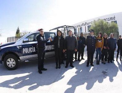 Elementos de Seguridad de Cuencamé reciben uniformes, equipamiento y patrulla