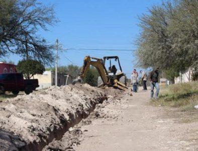 Inicia obra de drenaje y alcantarillado en la comunidad Santa Cruz de Guadalupe