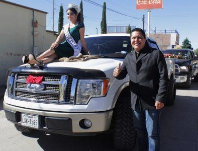 Realizan primer desfile de 'Paisatrocas' en Vicente Guerrero