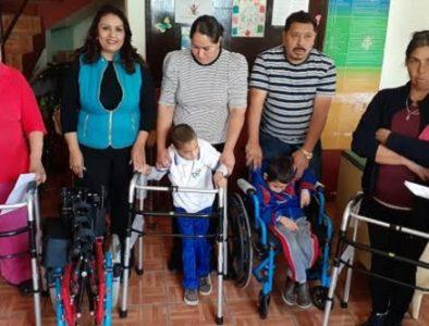 Apoyan con aparatos ortopédicos a habitantes de Vicente Guerrero