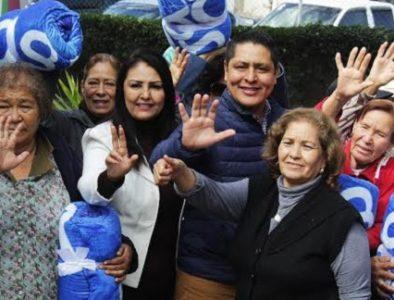 Realizan posada para adultos mayores de Vicente Guerrero