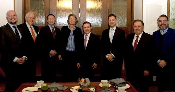 Promueve Gobernador a Durango con inversionistas y embajada de Países Bajos