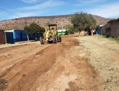 Rehabilitación y conformación de calles y caminos en el municipio de Poanas
