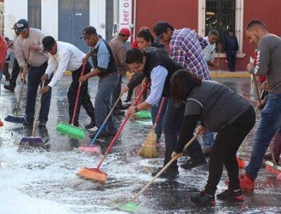 Ayuntamiento realiza limpieza general en la Plaza Municipal de Vicente Guerrero