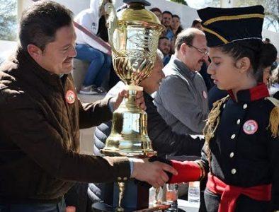 Celebran concurso de escoltas en Peñón Blanco