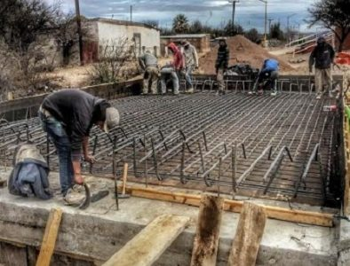 Avanza construcción de puente vado en San Bernardo