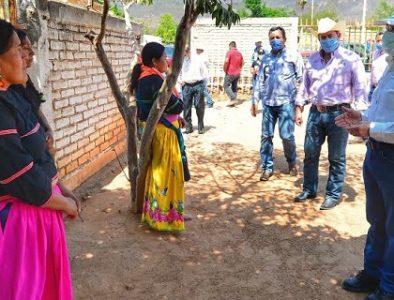 Fortalece Aispuro servicios de salud en zona indígena