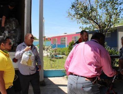 Inicia entrega de despensas a personas vulnerables de Poanas