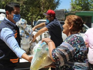 Entregan apoyo alimentario a familias de Vicente Guerrero