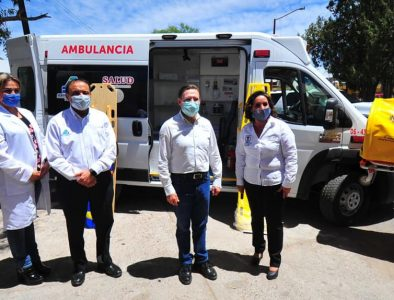 Recibe Rodeo ambulancia y equipo por parte del Estado