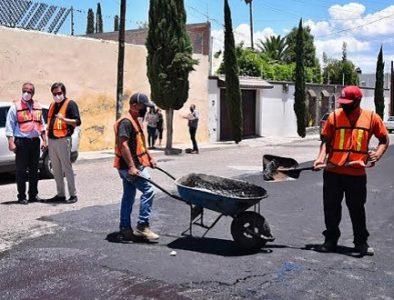 Previo a las lluvias, Municipio rehabilita calles
