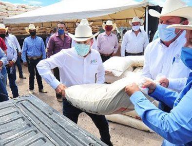 Llega a 22 municipios el Esquema Emergente para ganado: Aispuro