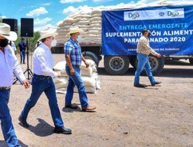 Gobernador entrega 5 mil toneladas de suplemento para ganado