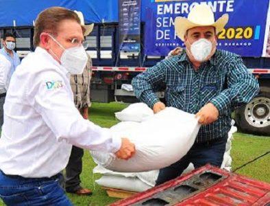 Aispuro inicia entrega de más de mil toneladas de semilla de frijol para 21 municipios