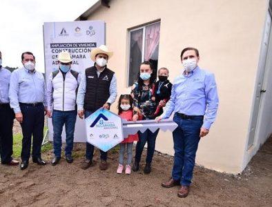 Gobernador impulsa más de 60 acciones de vivienda en Pueblo Nuevo