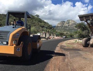 Siguen obras de rehabilitación de caminos, ahora en Las Palmas: Secope