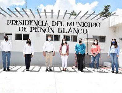 Presenta Peñón Blanco al equipo de trabajo del Instituto Municipal de la Mujer