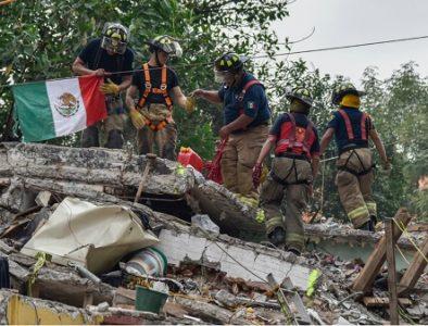 Con misas y homenaje, México recuerda víctimas de terremotos de 1985 y 2017