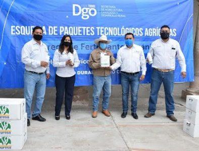 Agricultores de Peñón Blanco reciben fertilizante orgánico