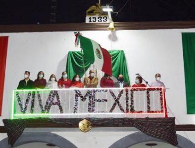 Poanas conmemora el 210 aniversario del Grito de Independencia