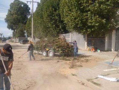 Servicios Públicos de Poanas apoya con limpieza al CBTis 109