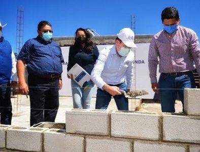 Tendrán hogares nuevos, 25 familias más en El Salto: Aispuro