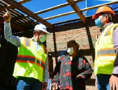 Aispuro inicia y supervisa más acciones de techo seguro y piso firme