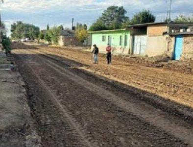Continúan los trabajos de pavimentación en calle 15 de septiembre de Villa Unión