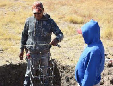Alcalde de Poanas supervisa construcción de domo en Narciso Mendoza