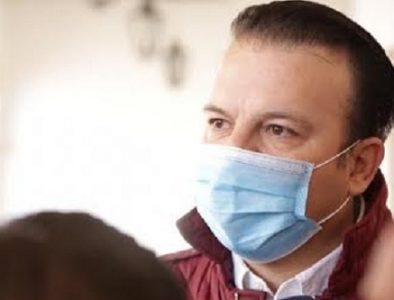 Diputado propone vacunar a familias del personal de Salud en áreas Covid-19