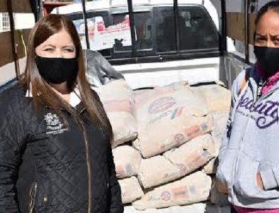 Entregan material de construcción en la comunidad Ignacio Zaragoza