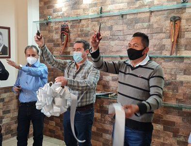 Inauguran en Mezquital nueva Sala para Sesiones de Cabildo