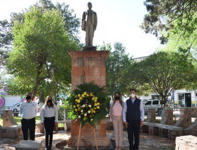 Conmemora Peñón Blanco el natalicio de Benito Juárez