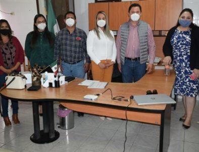 Entregan resultados del Centro para el Desarrollo de las Mujeres en Peñón Blanco