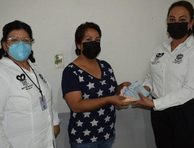 Recaudan fondos en Peñón Blanco para el tratamiento de una niña con cáncer