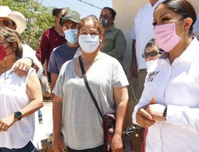 Escucha Luly Martínez demandas de habitantes de Coneto de Comonfort